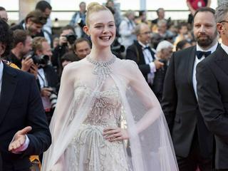 Elle Fanning bezaubert Cannes im Prinzessinnen-Look