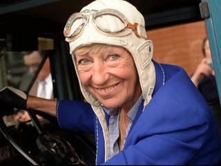 Rallye-Fahrerin und Weltenbummlerin Heidi Hetzer verstorben