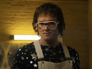 """Rocketman"": Featurette mit Taron Egerton als Elton John"