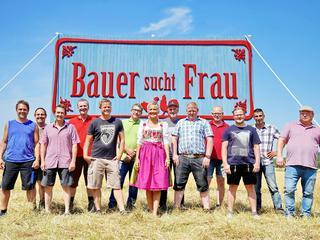 """Rekord bei """"Bauer sucht Frau"""": 32 Frauen strömen zum Scheunenfest"""