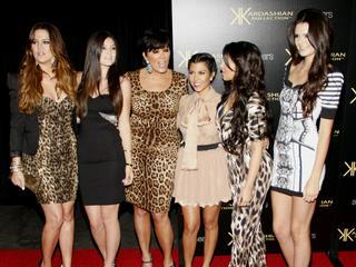 Calvin Klein: Alle fünf Kardashian/Jenner-Schwestern auf einen Streich