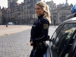 Schärfster Polizistin Deutschlands wird Ultimatum gestellt