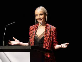 Janin Ullmann am Tag nach der Trennungsnews wieder auf der Bühne