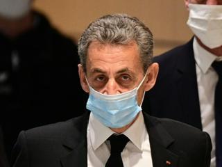 Frankreichs Ex-Präsident Sarkozy zu drei Jahren Haft verurteilt